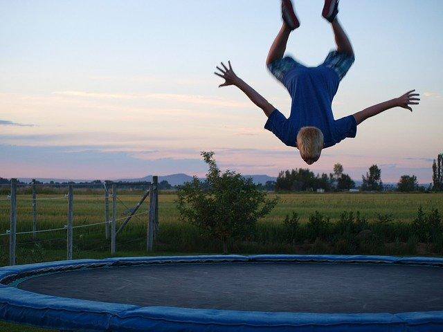salto na trampolíne