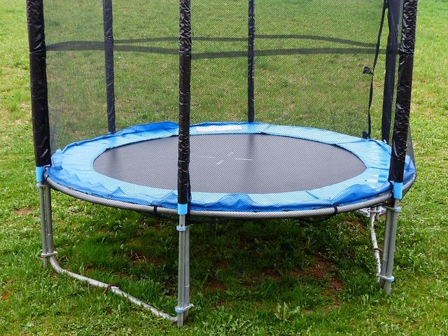 postavená trampolina