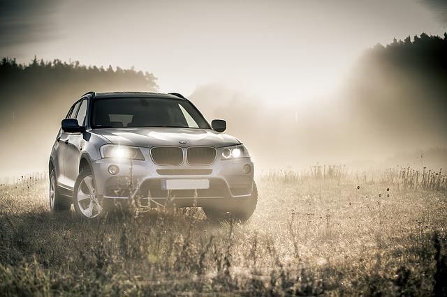 přední světla SUV