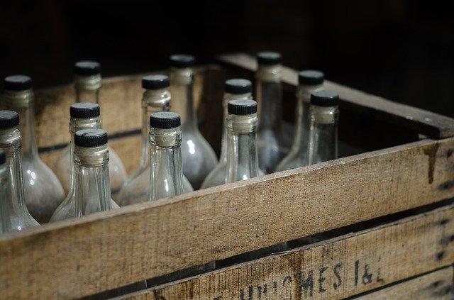 láhve v bedně